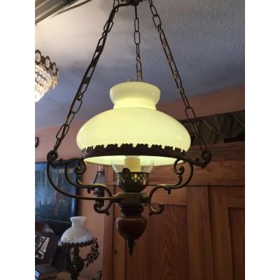 Schöne, alte, funktionierende Deckenlampe mit Glasschirm