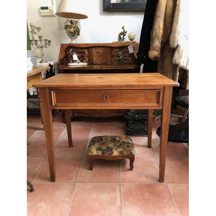 Schreibtisch aus Weichholz