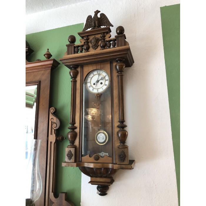 Nussbaum Wanduhr Uhr