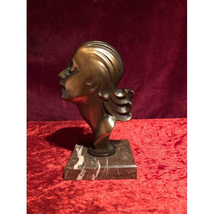 Bronzefigur Mädchengesicht